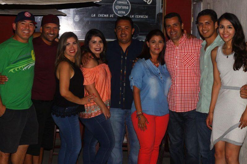El círculo de amistades más cercano a Reyes Ronfini acudió a desearle suerte antes de viajar a Brasil