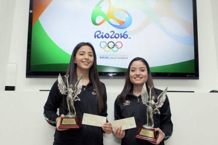 Julieta Toledo y Tania Arrayales, seleccionadas olímpicas de Esgrima