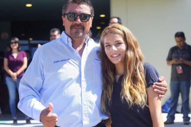 El técnico Alejandro Martínez y la jugadora Gala García Escobar