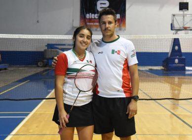 Nicole Márquez y su entrenador Jorge Arellano